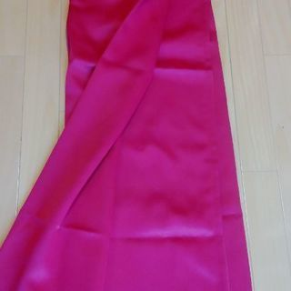 真っ赤な無地のカーテン 2枚