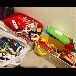おもちゃ いろいろ たくさんあります