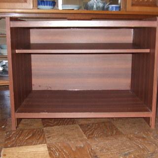 本棚や  電話、花瓶、置き物、小型テレビの台に使える棚