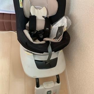 回転式チャイルドシート 新生児〜OK