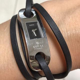 【GUCCI】グッチ 腕時計 革ブレスレットタイプ