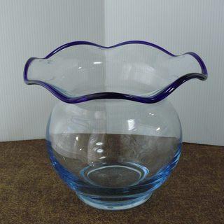 ガラスの金魚鉢