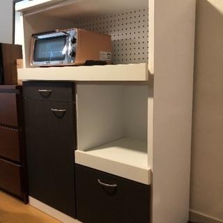 キッチン 収納棚