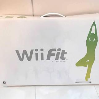 【値下げ】Wiiフィット(WiiFit) バランスWiiボード同...