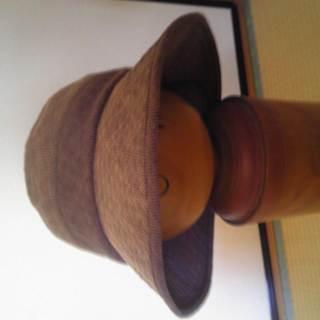 夏向け茶色と紫がまざったような色の帽子・54cm