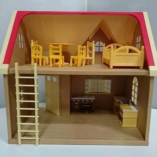 【中古】シルバニアファミリー きいちご林のお家 家具・人形…