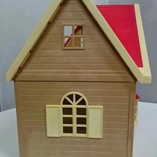 【中古】シルバニアファミリー きいちご林のお家 家具・人形付き - おもちゃ