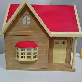 【中古】シルバニアファミリー きいちご林のお家 家具・人形付き − 長崎県