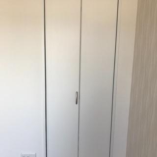 クローゼット 折れ戸 ほぼ未使用