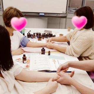 【要予約】誰かのための、アロマタッチハンドテクニック【京都開催】 - 京都市