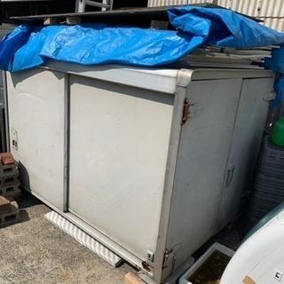 🎉【売約済】軽トラの保冷ボックス 荷物置きに 配達不可