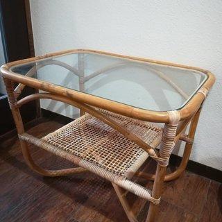 籐のミニテーブル☆