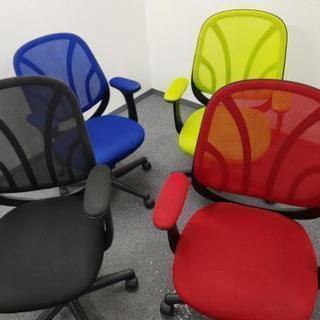 【今月いっぱい】オフィス用の椅子(オフィスチェア)【在庫4つ】