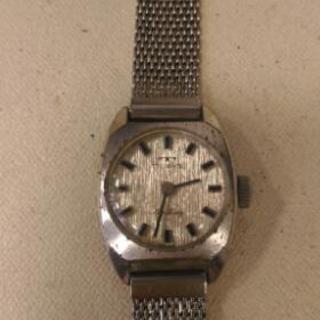 希少ビンテージ品テクノス手巻き腕時計