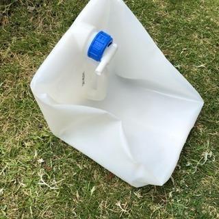決定しました!【新品】アウトドア キャンプ 携帯 給水タンク 1...