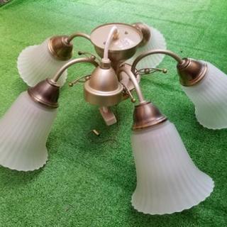 シャンデリア風照明器具