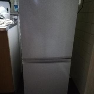 冷蔵庫(2010年製)137L取引中です。