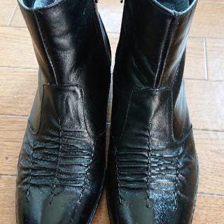 紳士 24センチ黒革ショートブーツ