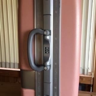 【売り切り】今週末で処分!格安courregesスーツケース機内持込可能 四輪 - 靴/バッグ