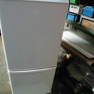 パナソニック 単身用冷蔵庫 NR-B145W 2013年製 値引...