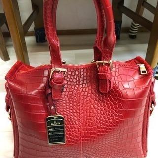 赤ハンドバッグ☆値下げしました。 − 栃木県