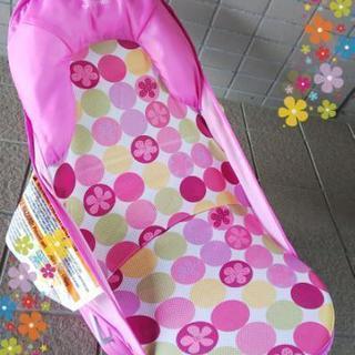 赤ちゃんのお風呂やお部屋椅子でも★ピンク色のソフトバスチェア★