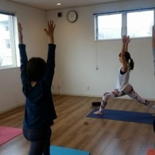 ヨガ教室in岡谷《心も体もほぐれる優しいヨガ教室》