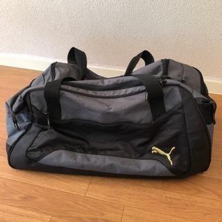 PUMA スポーツバッグの画像