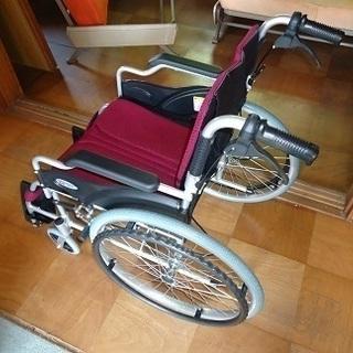 車椅子 折りたたみ自走軽量型 超美品です。