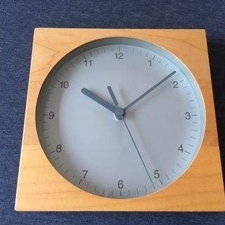 無印良品 ブナ材の壁掛け時計
