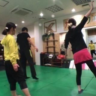 姿勢 歩き方 筋トレ枠 カラダフル(^。^) - 東大阪市