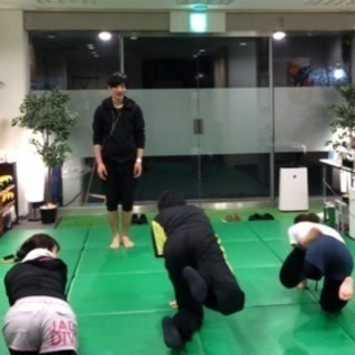 姿勢 歩き方 筋トレ枠 カラダフル(^。^) − 大阪府