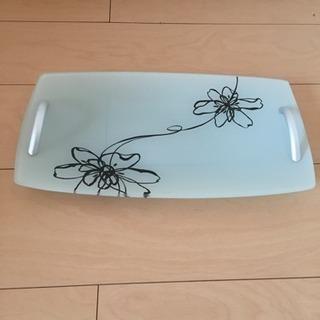 皿なのかプレートなのかわかりません。
