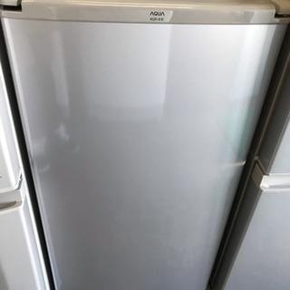 AQUA 2016年 ワンドア 冷蔵庫