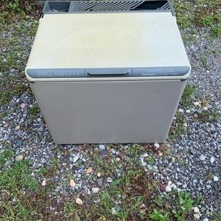 値下げしましたイワタニ3電源冷温庫