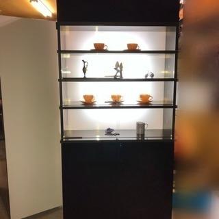 再値下げ!【札幌引取限定】照明・ガラス付きディスプレイ棚 黒 ブ...