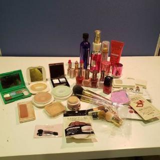化粧品色々