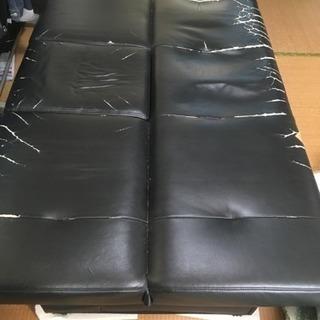 無料 黒革ソファー