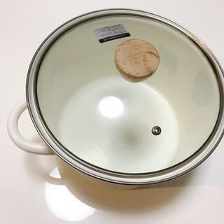 5月限定値下げ!ニトリホーロー鍋24cm