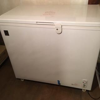 レマコム 冷凍ストッカー 210L...