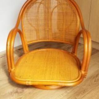 (美品)ラタン回転座椅子 − 群馬県