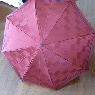 新品・未使用 折りたたみ傘 赤