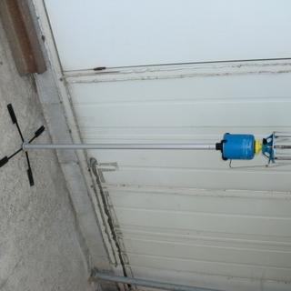 ランタンスタンド(高さ105cm程度)足部折畳式