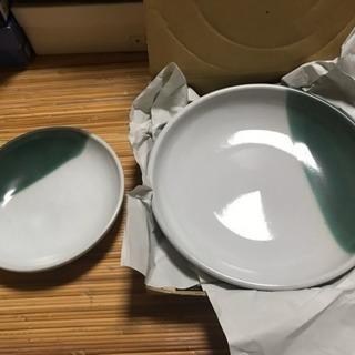 お皿セット 大25㎝×深さ4㎝×1枚 小18㎝×深さ3㎝×1枚