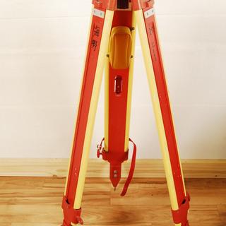 9263 レベル用 木製 測量用三脚 16mm 5/8 細管 スタ...