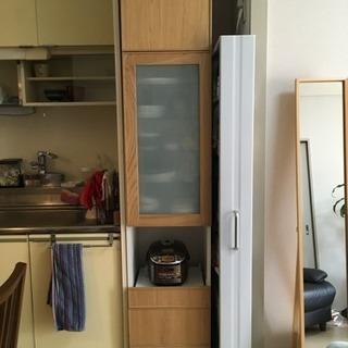 IKEA 食器棚