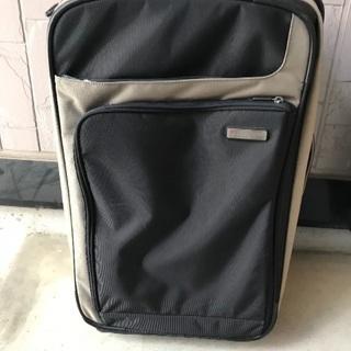 ビクトリノックス スーツケース