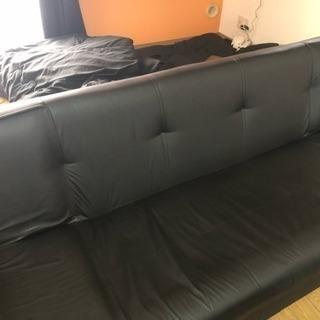 3人掛け ソファーベッド 黒  値引き可能