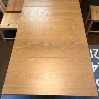 IKEA/伸縮式ダイニングテーブル