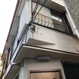 DIY可!高円寺駅徒歩5分、80㎡2階建て一戸建て5DK、庭付き! − 東京都
